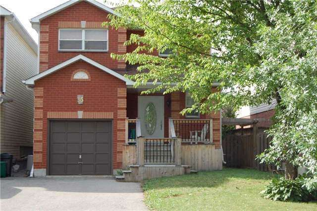Beautiful 2-Storey Home In The Heart Of Bomanville Modern Kitchen With Granite…