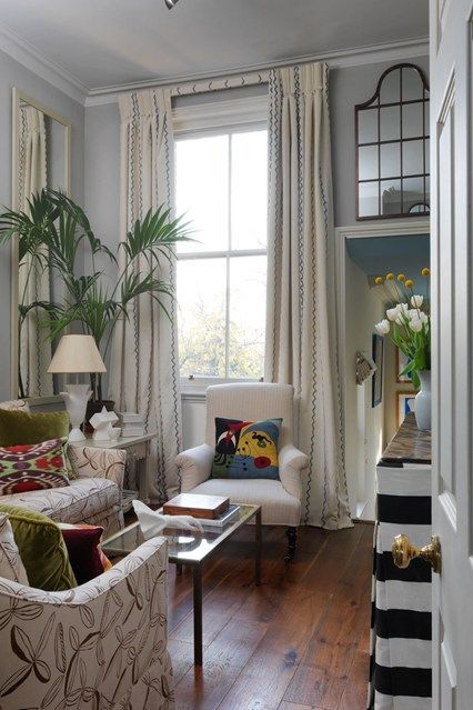 Discover stylish living room design ideas on HOUSE - design, food and travel by House & Garden. In her Earls Court flat first time buyer and interior designer Beata Heuman has decorated her sitting room in a style she jokingly refers to as 'urban safari chic'.