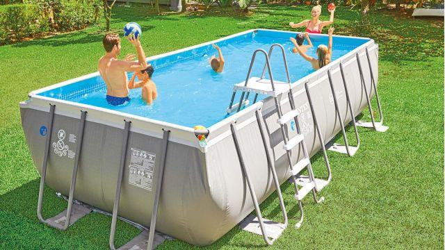 Riesiger Pool Bei Aldi Markenprodukt Samt Lieferung Hinterhof Pool Landschaftsbau Swimming Pool Pool