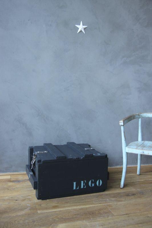 les 25 meilleures id es concernant caisse militaire sur pinterest stockage chambre de gar on. Black Bedroom Furniture Sets. Home Design Ideas