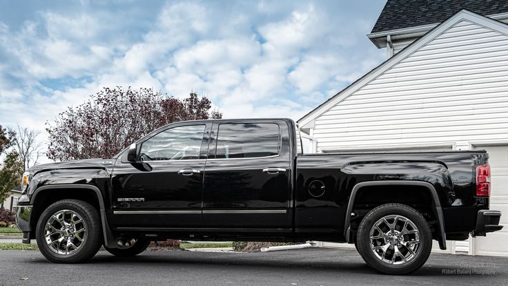 2014 Sierra Side View Fullsize LightDuty Trucks