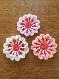 March Flower - free crochet pattern by Ali Crafts Designs.