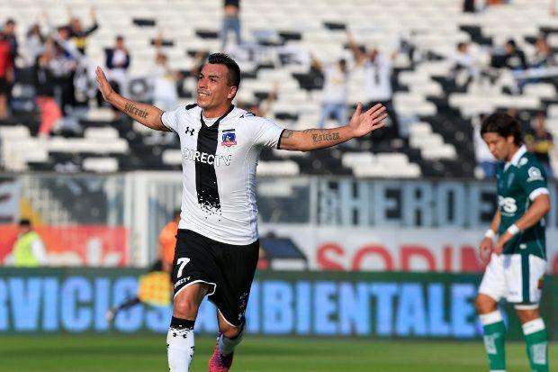 Colo Colo cerró con triunfo ante Wanderers un semestre de sinsabores