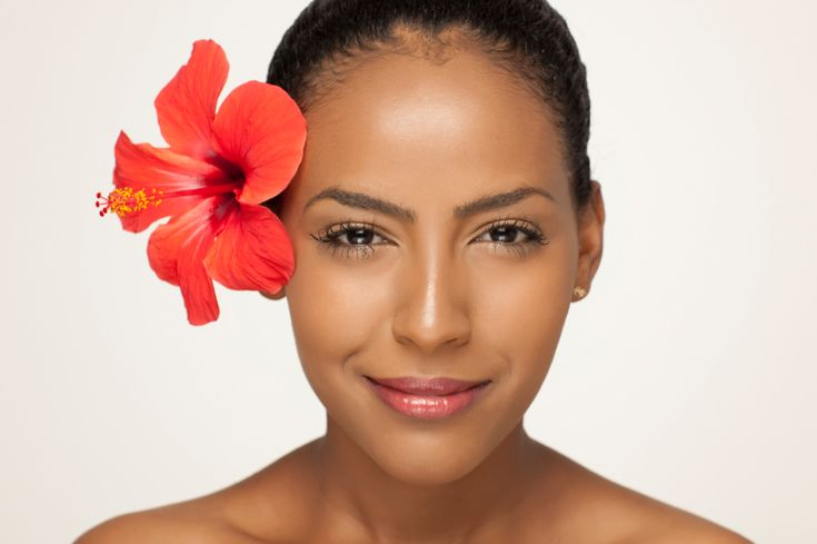 Hibiscus Powder Treatments For Hair And Skin