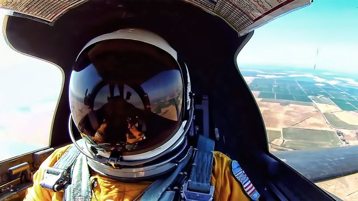 Spectacular footage filmed by the pilot of a U2 spy plane. This partial point-of-view video puts you in the pilot's seat at 70,000 feet. From takeoff to land...
