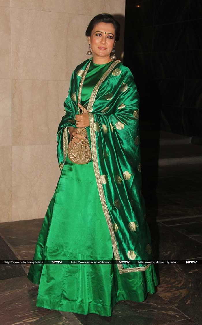 Director Kabir Khan's wife Mini Mathur was radiant in a green Sanjay Garg ensemble.