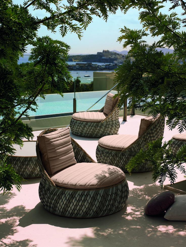 DEDON Dala Lounge Chair U0026 Coffee Table