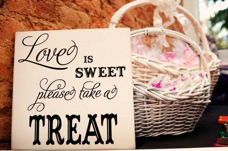Snoep op je bruiloft: love is sweet, please take a treat! | ThePerfectWedding.nl