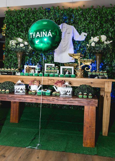 Decoração Festa / Recepção de Formatura da Thainá Garbino em Biomedicina UFRGS realizado em Canoas no Don Vincenzo por Kevin Medeiros Fotografia