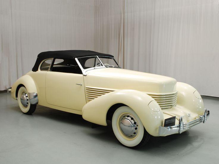 1937 Cord 810 Phaeton