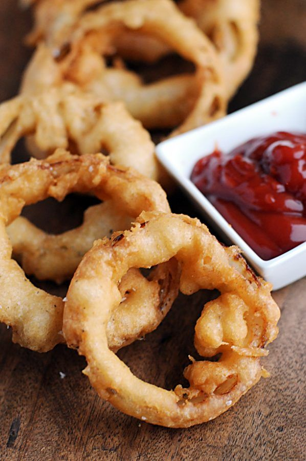 Make bar style beer battered onion rings at home! Yes…those tasty things above are what you think they are, except probably soooo much better. Beer Battered Onion Rings….mmmmmm. These Beer Battered Onion Rings are from the resourceful little cookbook by my friend, Susan Russo called Recipes Every Man Should Know. Check out my review of...