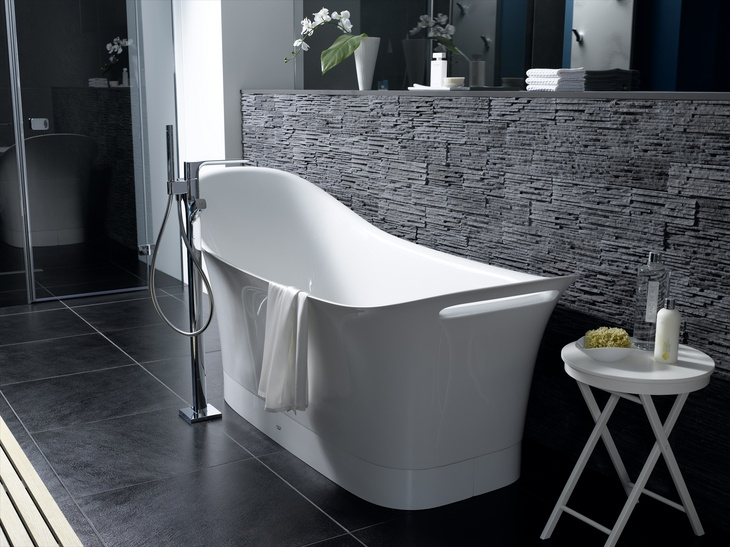 axor urquiola bathtub by hansgrohe dream bath. Black Bedroom Furniture Sets. Home Design Ideas