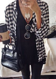 15 outfits you can make with your flannel and plaid shirts!- all black with flannel