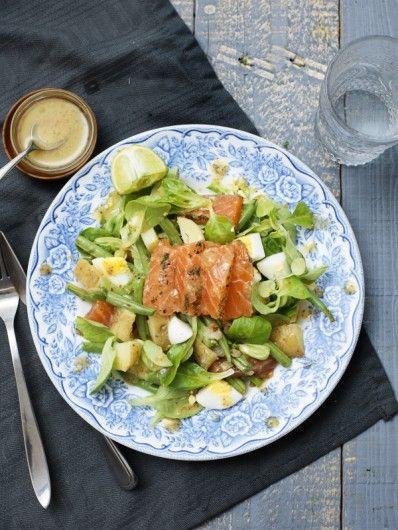 Recept: Warme salade van gravlax-zalm, aardappel, groene groenten en limoen - JAN Magazine