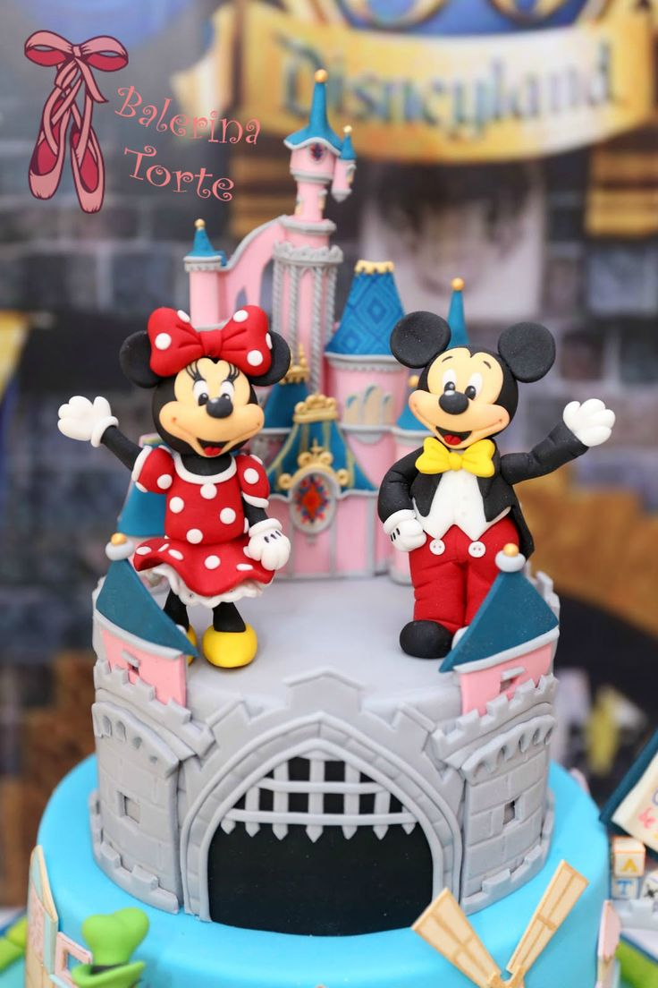 179 best Mickey cakes images on Pinterest Mickey cakes
