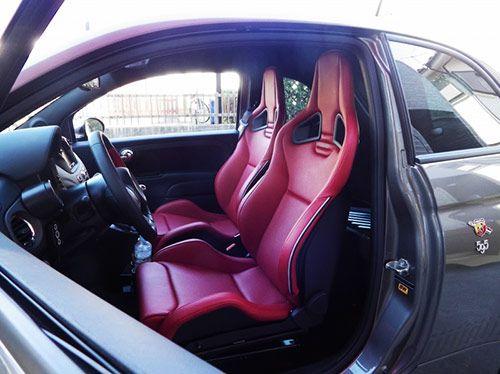 ↓アバルト595にレカロスポーツスターの装着です。 http://www.jetset.co.jp/FIAT/fiat-06/index.html