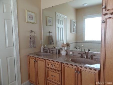 Kitchen Sink Puddy