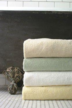 1000+ ideas about Bath Linens on Pinterest | Bathroom closet ...