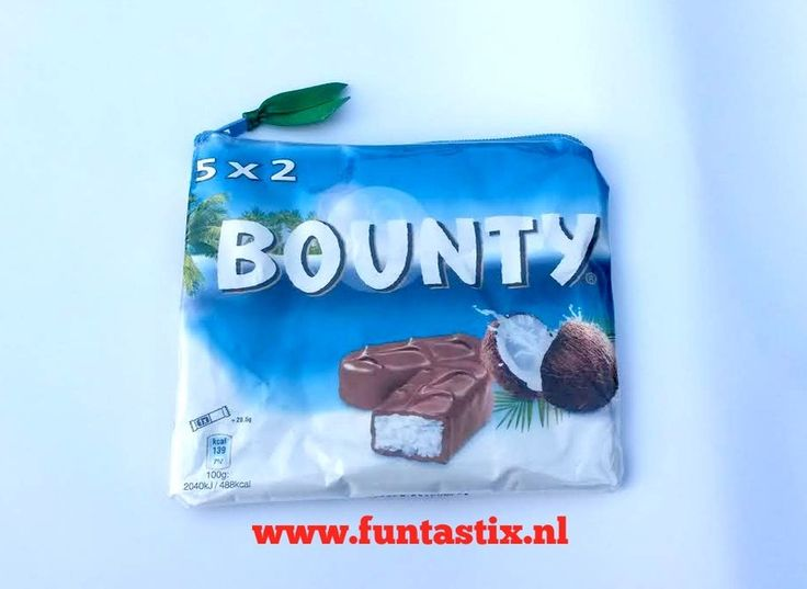 Recycled+Make-up+bag+/+gadget+pouch+snack+wrapper+from+Funtastix+by+DaWanda.com