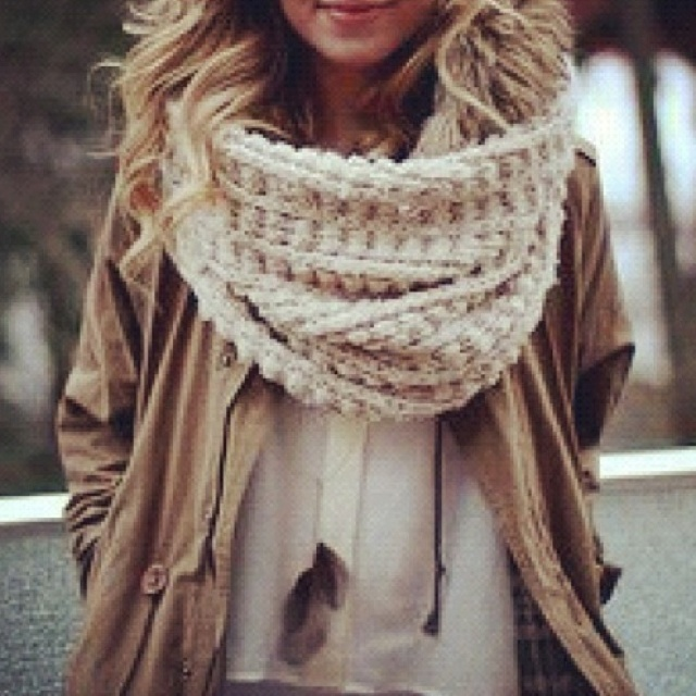 love: Big Scarfs, Knits Scarves, Chunky Scarfs, Infinity Scarfs, Outfit, Big Scarves, Fall Fashion, Chunky Scarves, Knits Scarfs