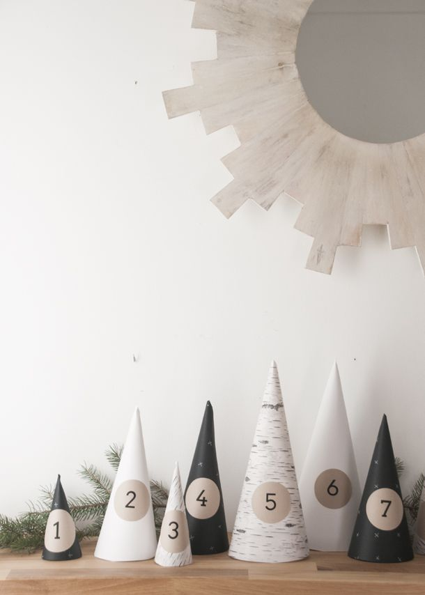 Christmas Forest Advent Calendar DIY - Earnest Home co. http://www.earnesthomeco.com/christmas-forest-advent-calendar-diy/