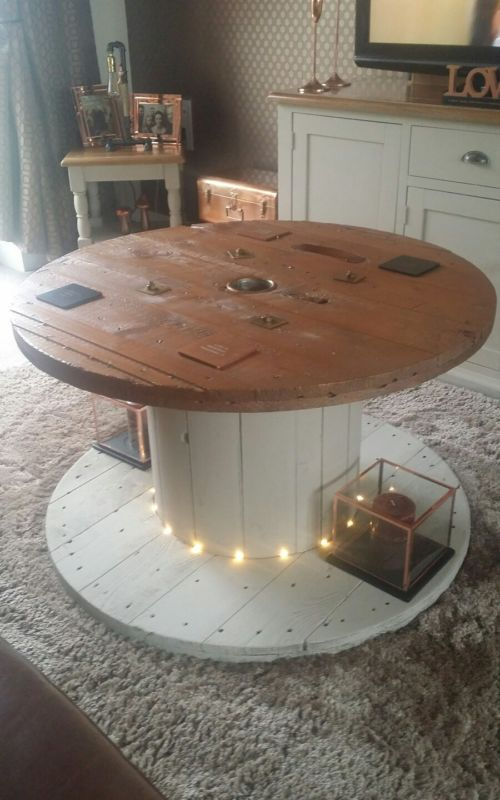 Reclaimed cable reel coffee table cable reel cable and for Cable reel table