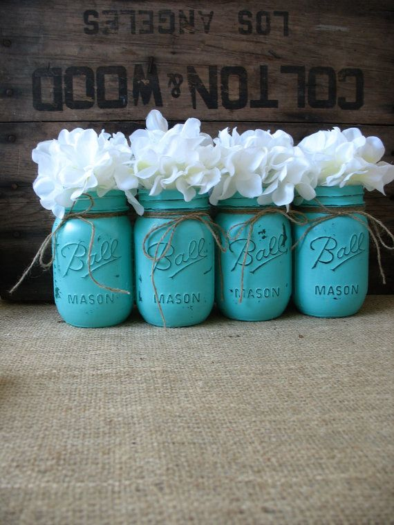 SIZE: REGULAR MOUTH PINT ( APPROX. 5 TALL, 2.5 OPENING)  This is a SET OF 4 hand painted Turquoise mason jars. (Flowers and doilies are for