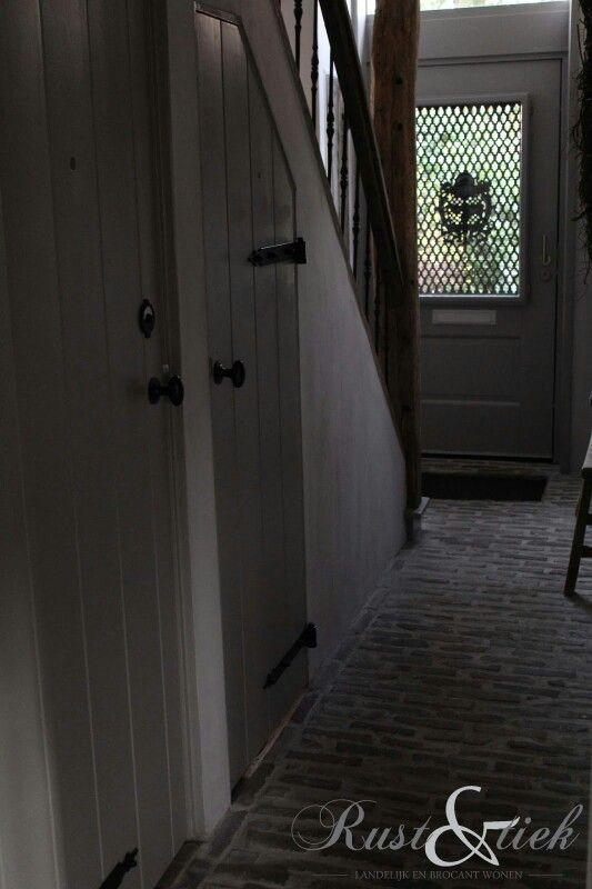 Meer dan 1000 idee n over trap muren op pinterest trappen lange gang en trap foto wanden - Gang met trap ...