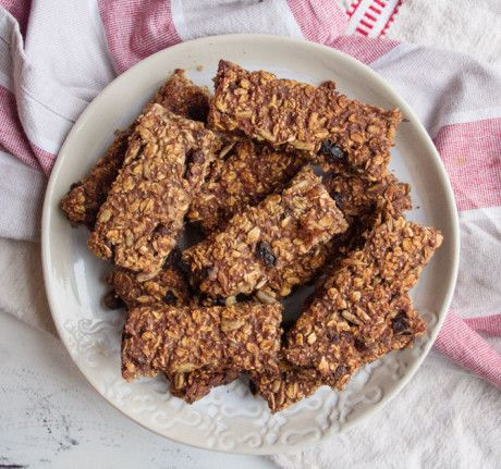 Date and Oat Bars   Deliciously Ella