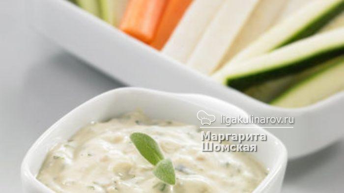 пикантный салат из творога