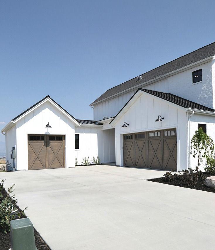 Top 5 Modern Garage Designs: Best 25+ Modern Garage Doors Ideas On Pinterest