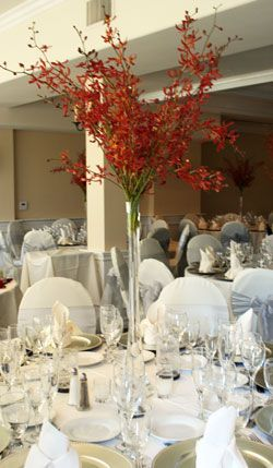 An Accessible Tall Centerpiece - WeddingWire: The Blog