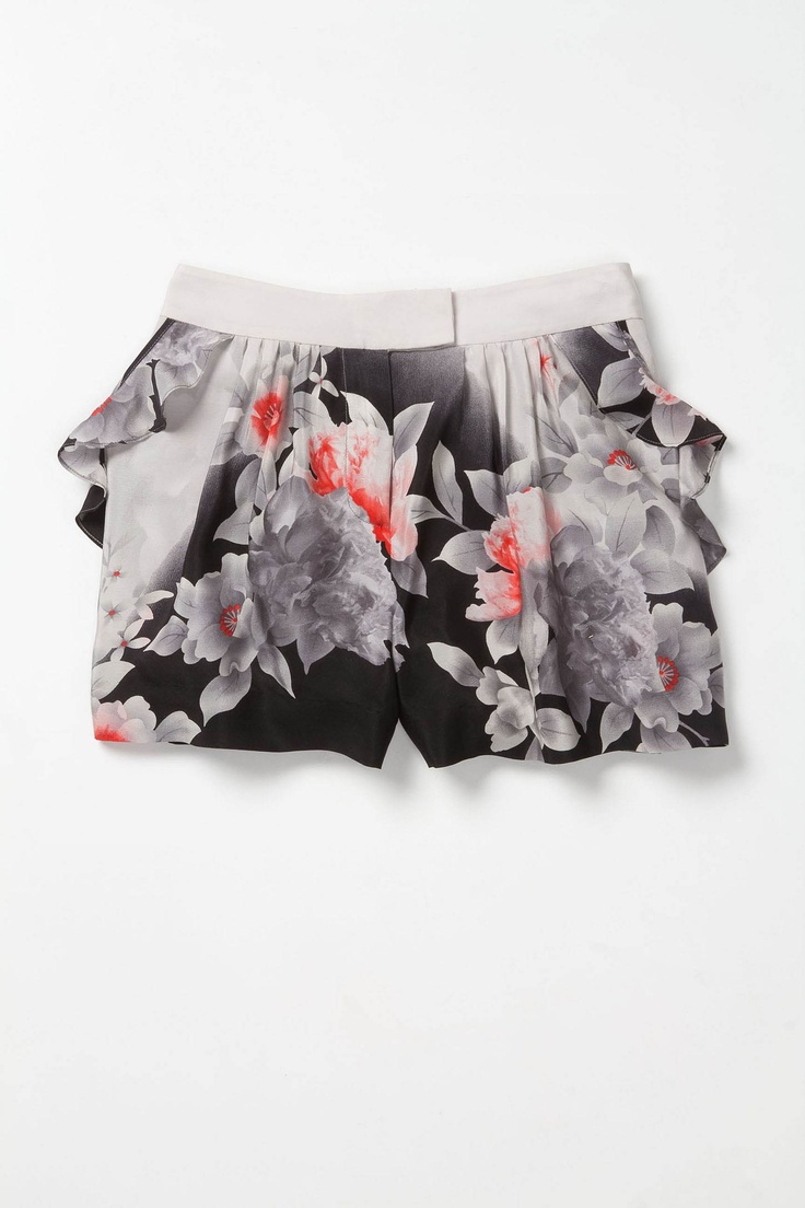 ombre shorts courtesy of anthropologie. click the link to purchase!