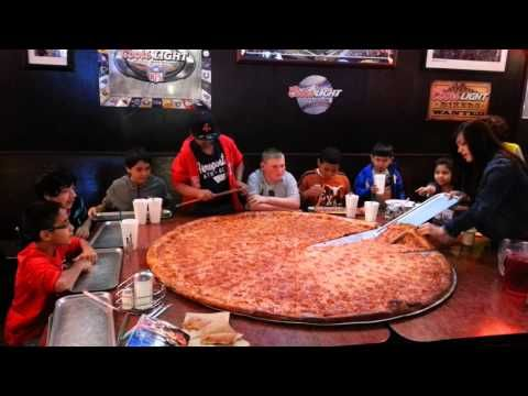 "Big Lou's 62"" Pizza - YouTube"