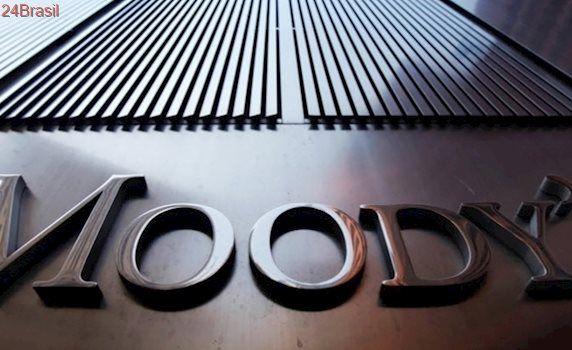 Citou crise política: Moody's piora perspectiva de nota do Brasil