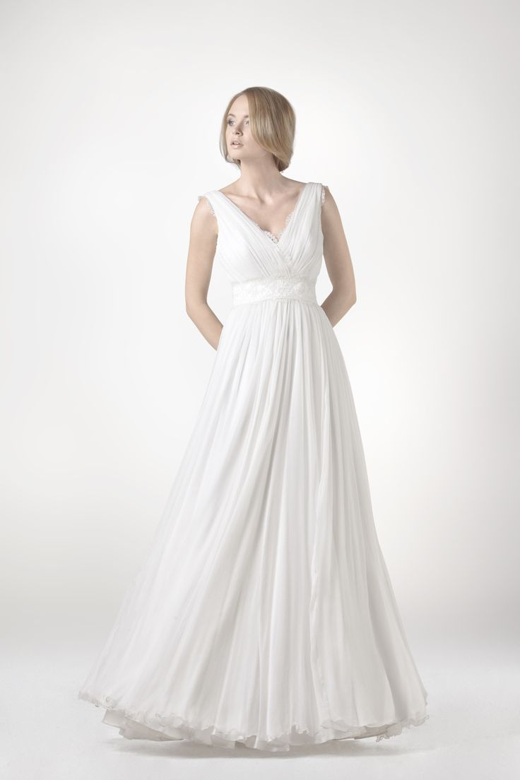 SADONI collection 2014 - Dress SAYE B: Romantic dress in fluid chiffon with delicate lace detailing