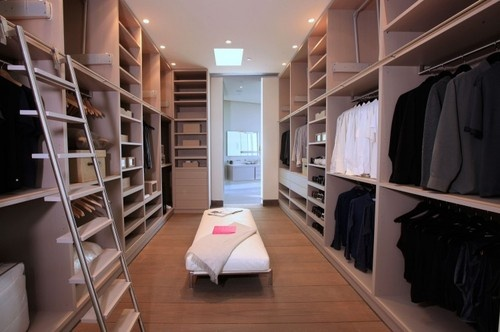epic closet- Pinned again- it's worth it twice...speechless