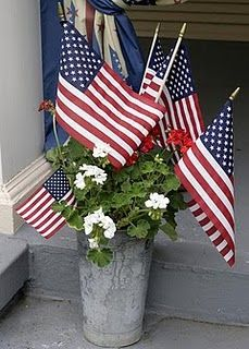 Easy and affective front porch or back yard 4th decoration