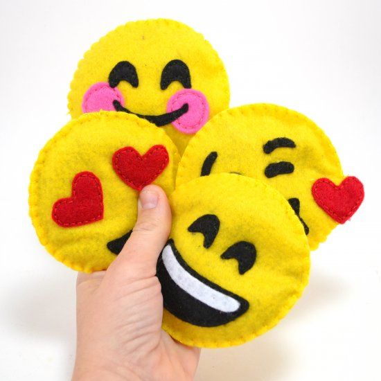 Make emojis plushies out of felt. These are filled with catnip for the perfectly happy cat toy! Tutorial and free pattern available!