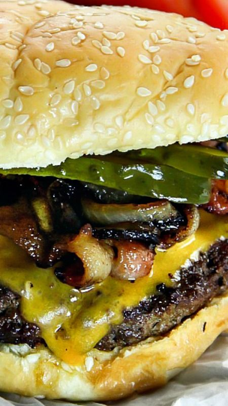 Bacon, Cheese and Caramelized Onion Burger Recipe