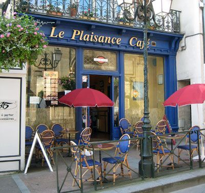 Best 25 French cafe furniture ideas on Pinterest French cafe