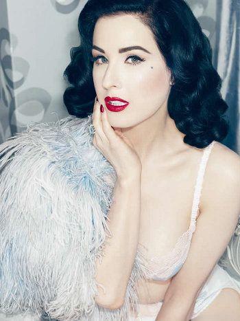 News    http://www.lingerieallamoda.com/5182/tutte-dita-von-teese-lintimo-lusso-della-collezione/