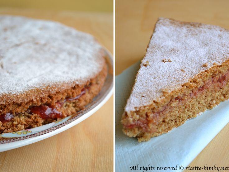 Vuoi preparare un dolce con la farina di grano saraceno? Ecco la ricetta che fa per te: la torta con marmellata di ribes rossi Bimby, scoprila.