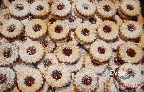 A 13 legjobb karácsonyi linzer sütemény receptje | TopReceptek.hu