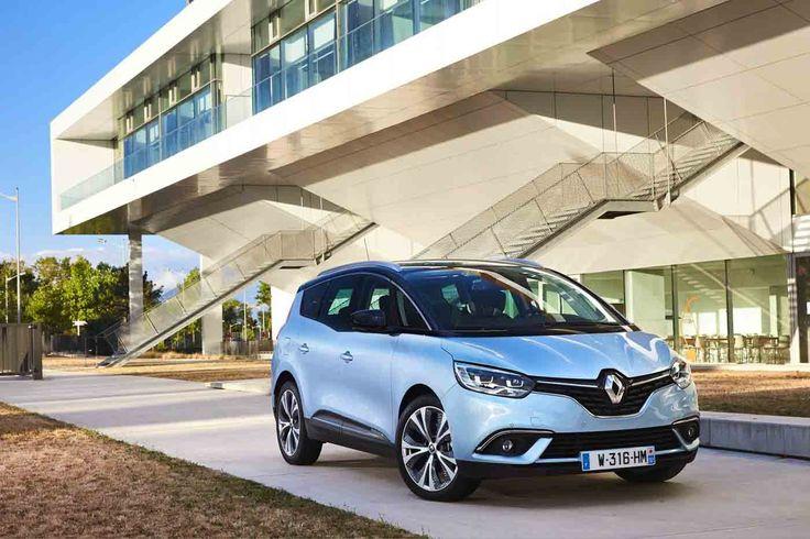 O Grand Scénic Hybrid Assist é o primeiro modelo da Renault a fazer uso do seu novo sistema híbrido que combina um motor eléctrico com um motor a gasóleo