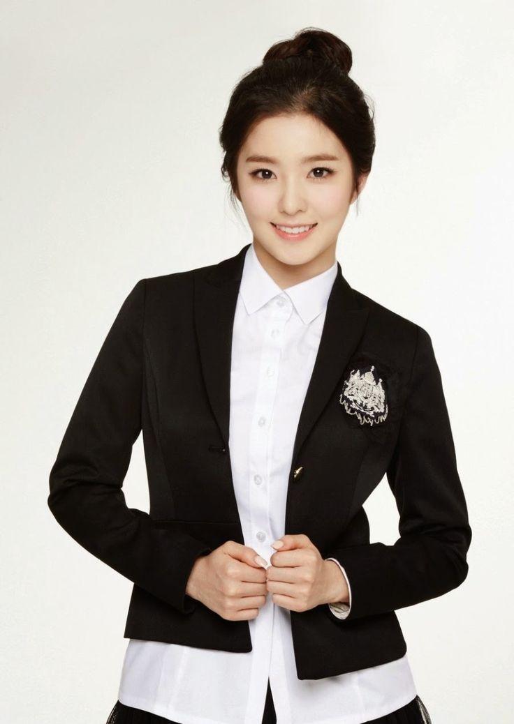 Red velvet irene ivy school uniform photoshoot - Toc Kpop