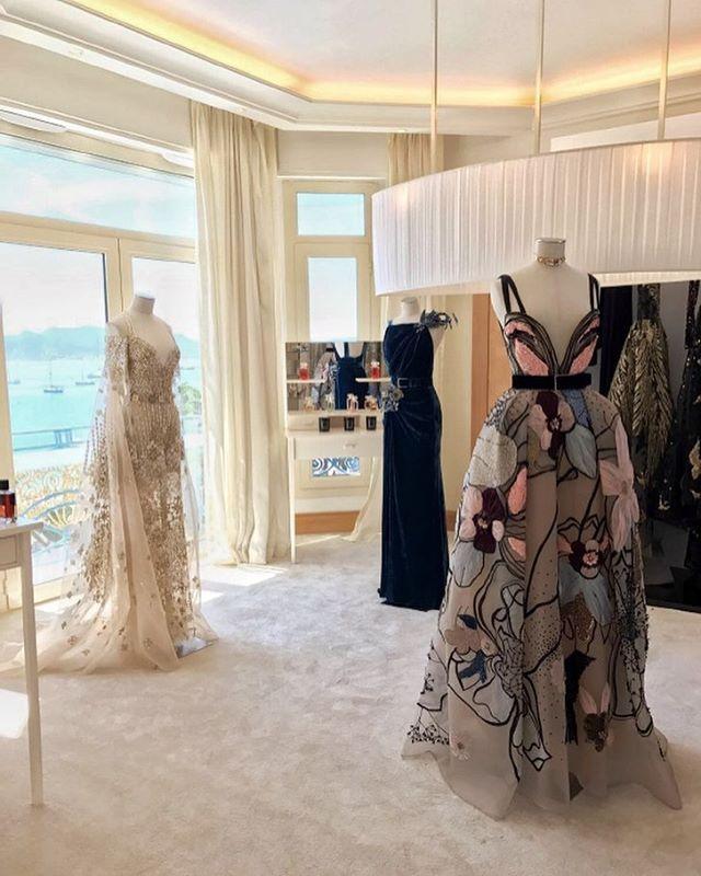 116 best dresses images on pinterest graduation couture wedding 1072k likes 420 comments elie saab eliesaabworld on instagram sciox Choice Image