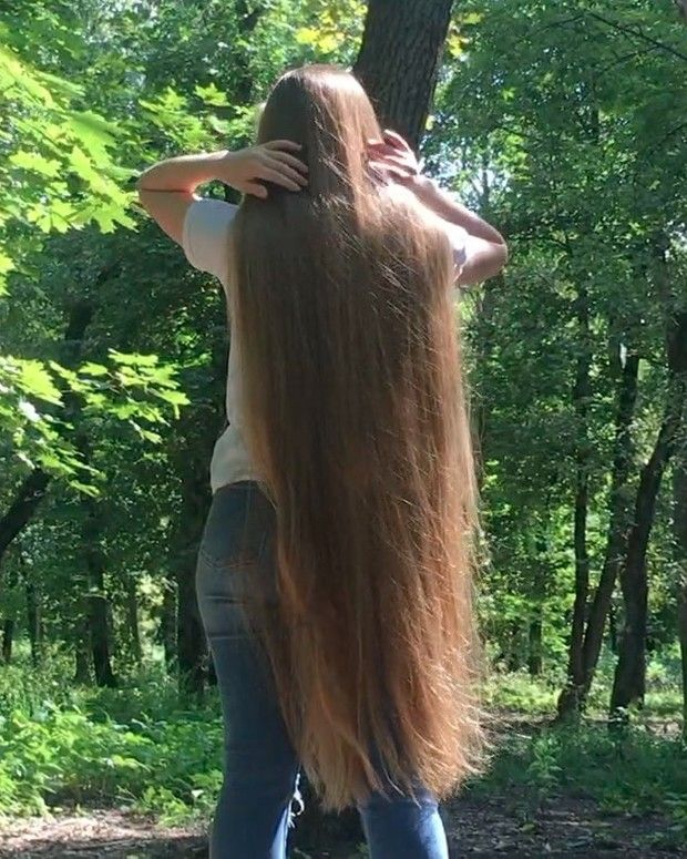 Video Young Rapunzel In Beautiful Nature