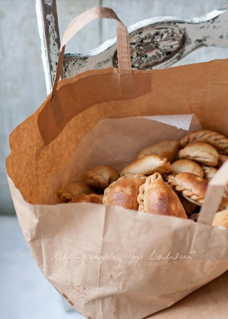 <3 creative food styling when it still makes me want to eat it -- take the bag & run • Laksmi W.