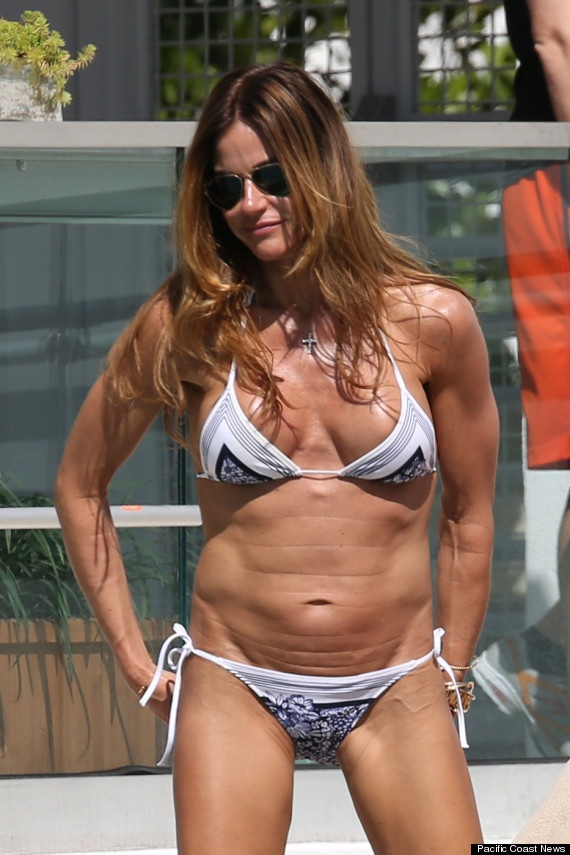 kelly bensimon looks incredibly buff in little bikini to be bikini bodies and bikinis. Black Bedroom Furniture Sets. Home Design Ideas